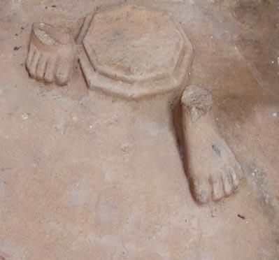 0544---pieds-statue-my-son.jpg